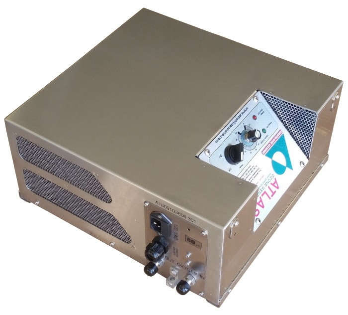 Air cooled high concentration ozone generators